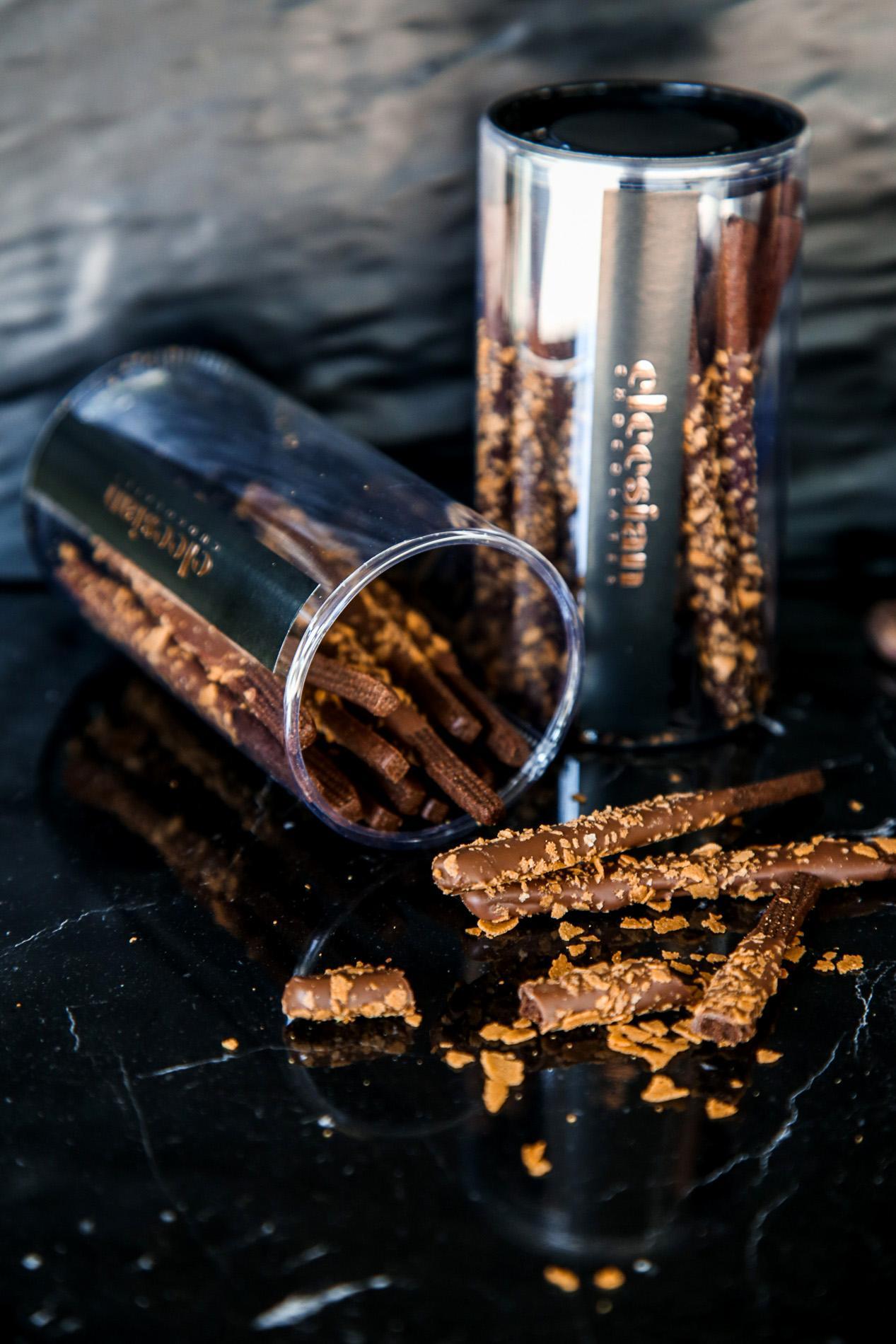 DARK CHOCOLATE - BLUEBERRY STICKES ECUADOR 70%